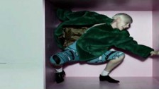 Robyn 'Handle Me' music video
