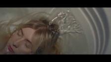 Ellis 'Fall Apart' music video