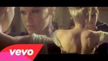 Pink 'Blow Me (One Last Kiss)' music video