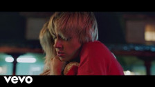 MØ 'When I Was Young' music video