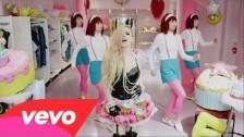 Avril Lavigne 'Hello Kitty' music video