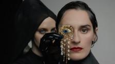 YELLE 'Noir' music video