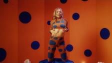 Maty Noyes 'Cake' music video
