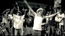 Kid Rock 'Roll On' music video