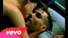 Maroon 5 'Wake Up Call' music video