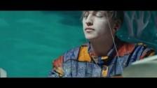Signals 'Paraesthesia' music video