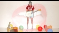 Nola Wren 'Venom' music video