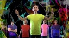 Years & Years 'TRAPS' music video