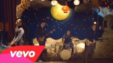 Coldplay 'Christmas Lights' music video