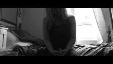 Warren Xclnce 'Examine Me' music video