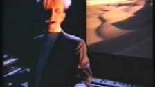 Howard Jones 'Hide & Seek' music video