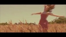 Lucia Comnes 'How The Moon Made Me' music video