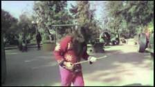 Syndie 'Todo Bien' music video