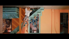 Aly Ryan 'No Parachute' music video