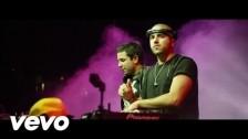 Cali Y El Dandee 'Por Fin Te Encontré' music video