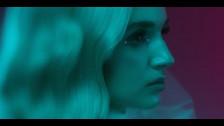 Poppy 'Interweb' music video