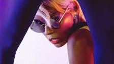 Janelle Monáe 'Make Me Feel' music video