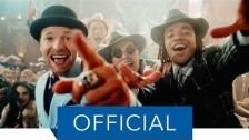 Culcha Candela 'La Bomba' music video