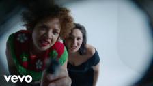 Weaves 'Scream' music video