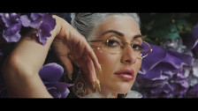 Qveen Herby 'Alone' music video