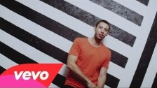 Example 'Kids Again' music video