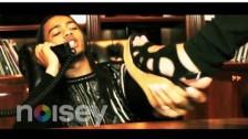 100s 'Brick $ell Phone' music video