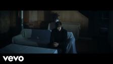 Evan Klar 'Barefoot' music video