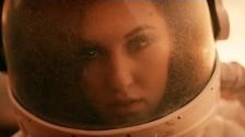 Alyssa Reid 'Hurricane' music video