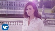 Laura Pausini 'Simili' music video