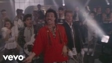 Lionel Richie 'Dancing On The Ceiling' music video