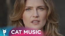 Ecaterine 'Flacari in Rai' music video