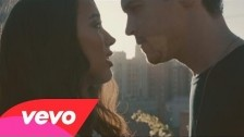 Alex & Sierra 'Scarecrow' music video