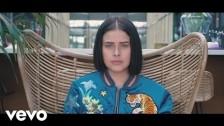 SAARA 'Superpowers (Acoustic Version)' music video
