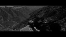 Jason Bajada 'Armée de Montgolfière' music video