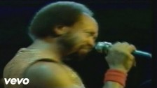 Earth, Wind & Fire 'Sing a Song' music video