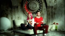 No Doubt 'Simple Kind Of Life' music video