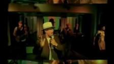 Daddy Yankee 'Ella Me Levanto' music video