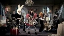 Kyary Pamyu Pamyu 'Fashion Monster' music video