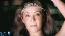 Anahí 'Superenamorándome' music video