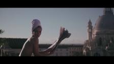 Jason Bajada 'Les Jolies Françaises' music video