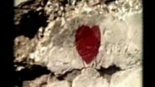 Bananarama 'Love Comes' music video