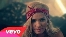 Pia Mia 'Mr. President' music video