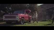 Caitlin Linney 'Home' music video