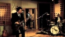 Alison Scott 'Smash and Grab' music video