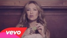 Thalía 'Por Lo Que Reste de Vida' music video