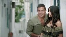 Amr Diab 'El Leila' music video