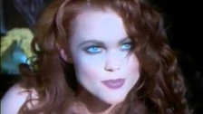 Belinda Carlisle 'La Luna' music video
