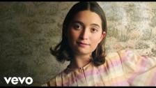 Zala Kralj & Gašper Šantl 'Box' music video