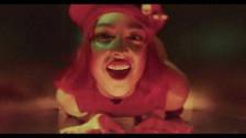 tiLLie 'Peachie' music video