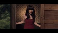 Carly Rae Jepsen 'Curiosity' music video